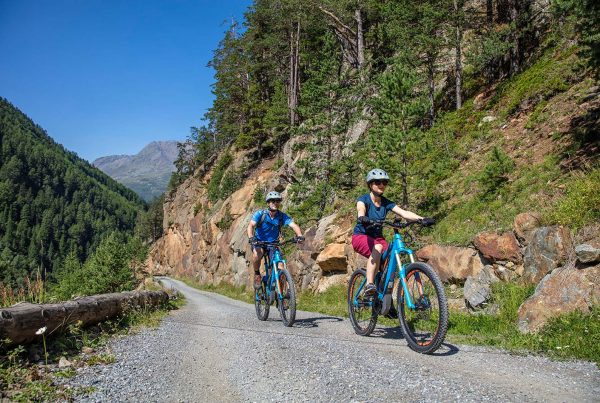 E-Bike (Bild: Lukas Ennemoser, Ötztal Tourismus) | bikehow xhow Innsbruck